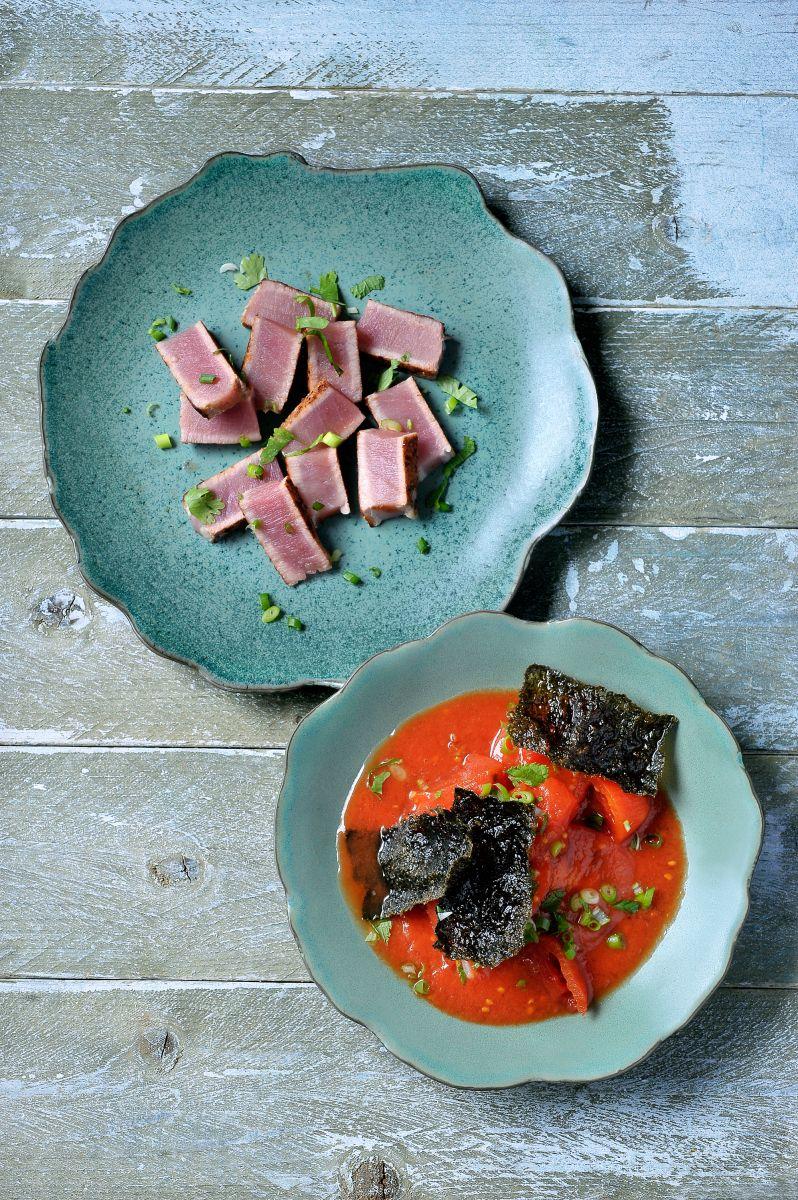 Tataki van tonijn met tomatensalsa