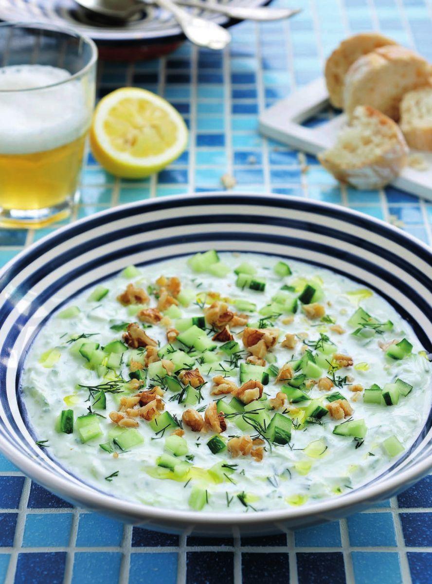 Griekse komkommersoep met dille