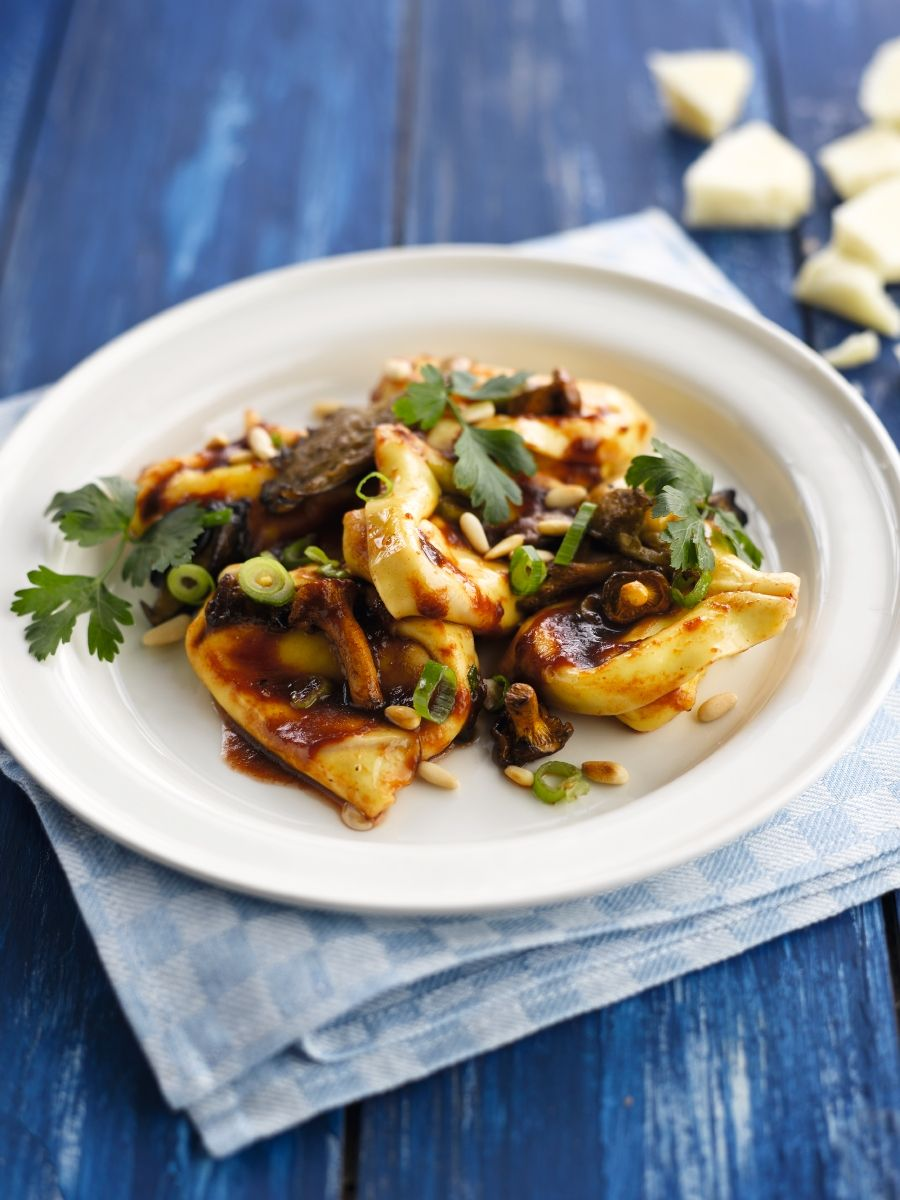 Tortellini met bosduif, pecorino en jus van balsamico