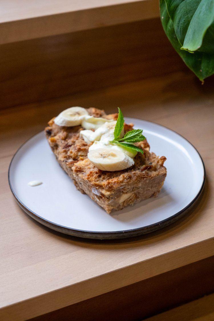 Broodpudding met appel en banaan