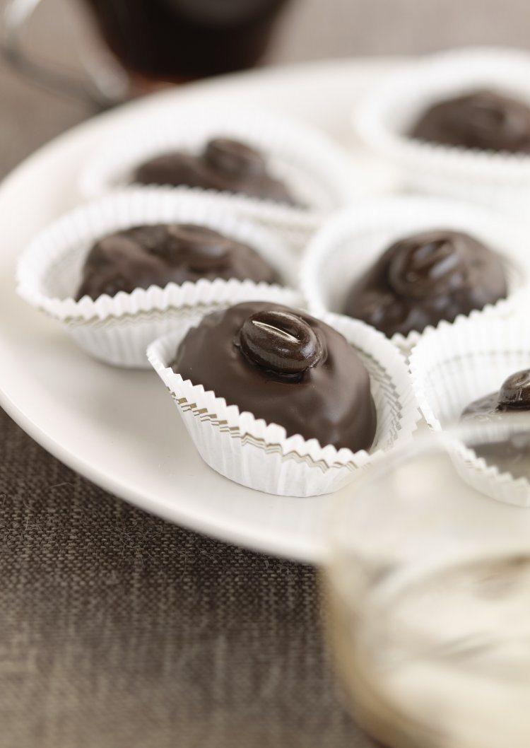Koffie-abrikozen in chocolade