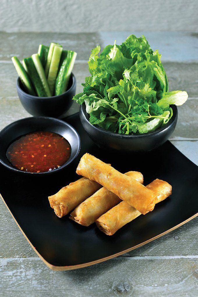 Vietnamese nems met chilidipsaus