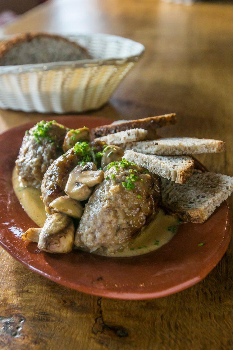Gehaktballetjes met champignonroomsaus